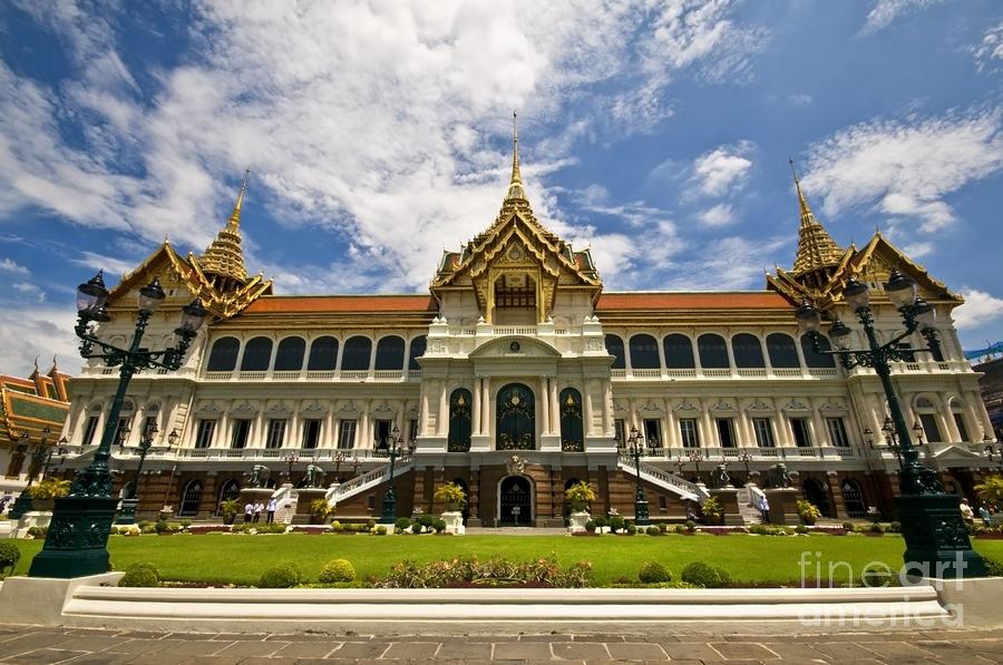 Grand Palace Chakri Mahaprasad Hall Front View Bangkok ...