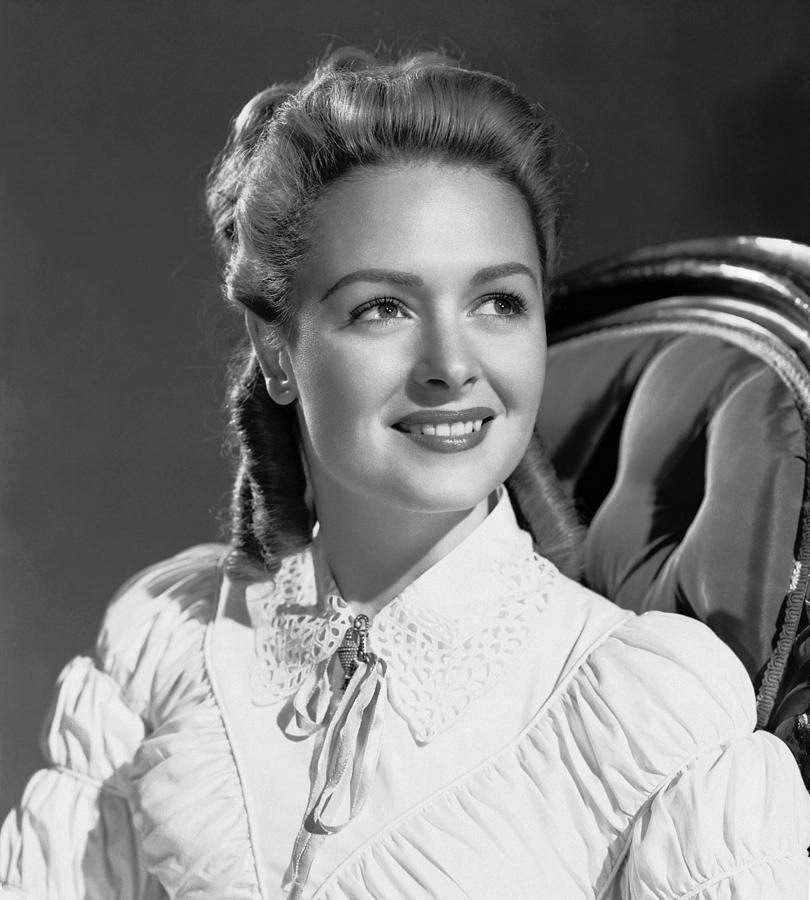 1940s Portraits Photograph - Green Dolphin Street, Donna Reed, 1947 by Everett