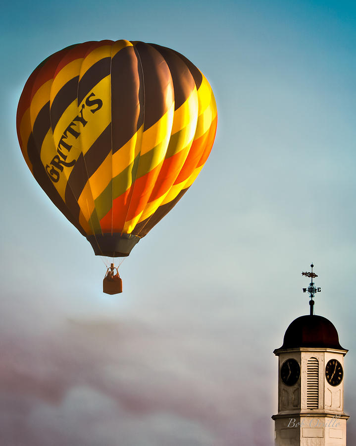 Gritty Mcduffs Hot Air Balloon Photograph