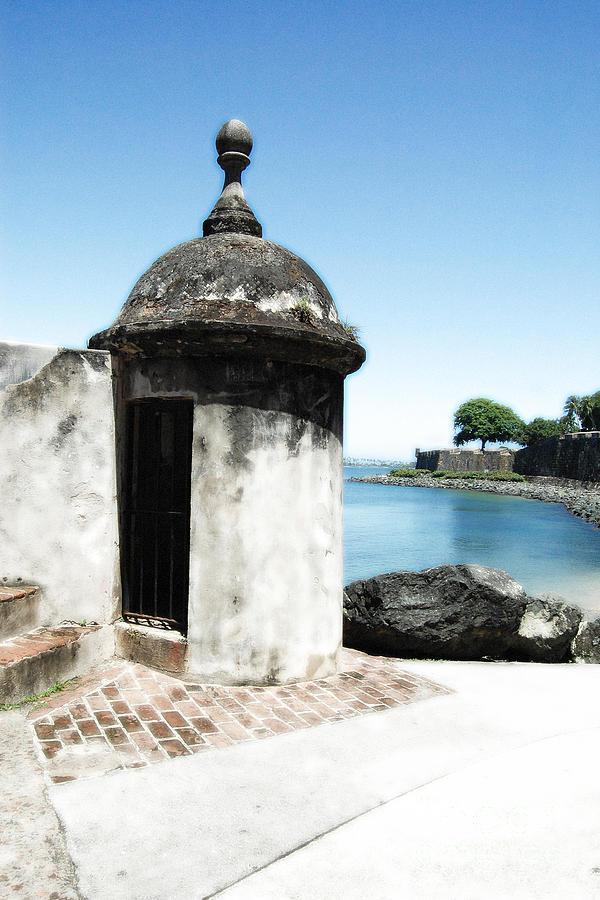 El Morro Digital Art - Guard Post Castillo San Felipe Del Morro San Juan Puerto Rico Diffuse Glow by Shawn OBrien