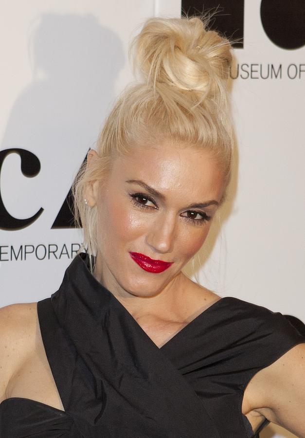 Gwen Stefani At Arrivals For 2011 Moca Photograph