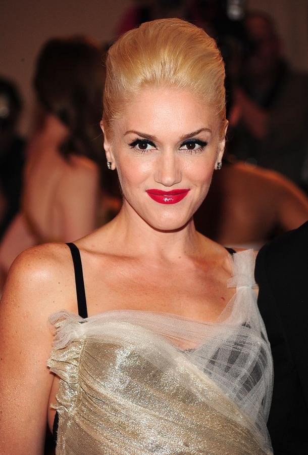 Gwen Stefani At Arrivals For Part 2 - Photograph