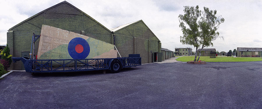 H-p Hastings Wing Raf Elvington Photograph