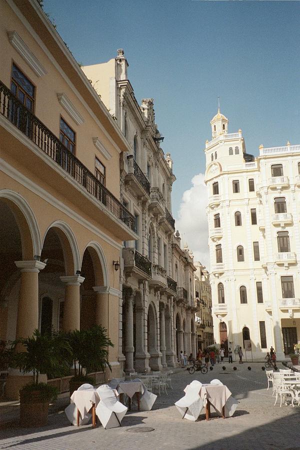 Havana Vieja Photograph
