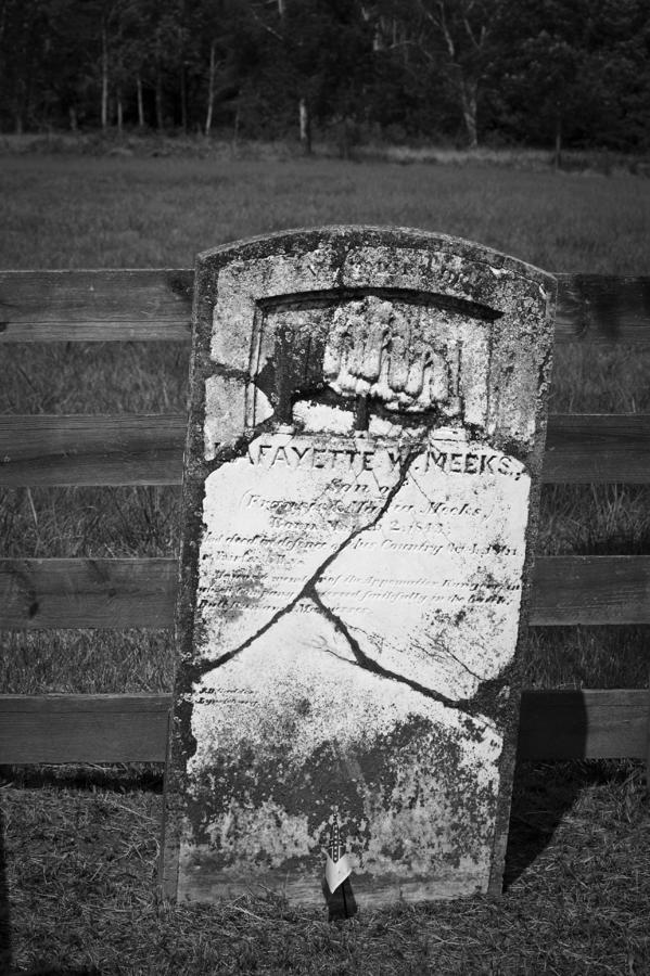 Appomattox Photograph - Headstone Of Lafayette Meeks by Teresa Mucha