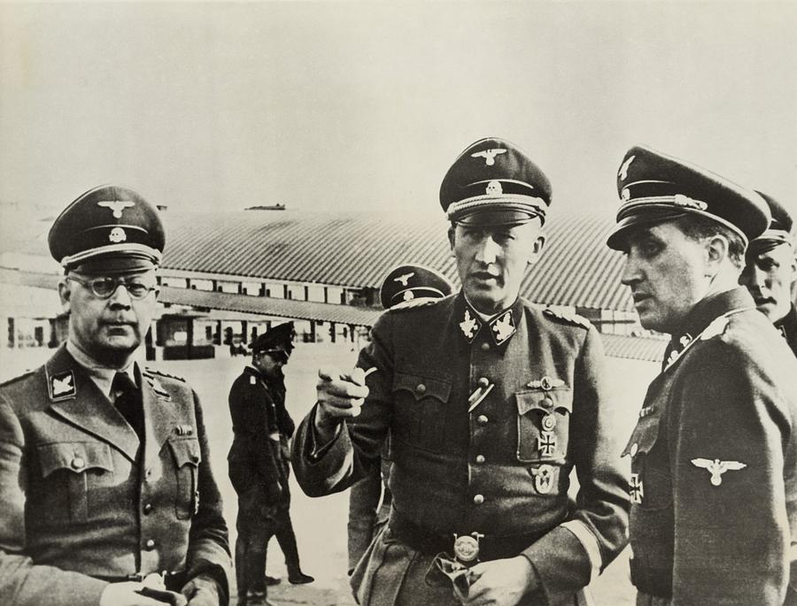 Heindrich Himmler Leftand Heydrich Photograph