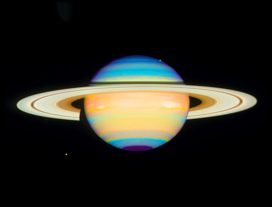 hubble images of saturn - photo #7