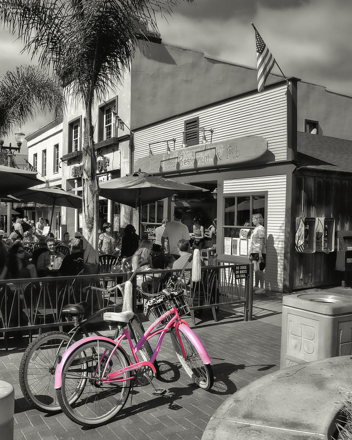 Huntington Beach Longboard Restaurant And Pub Photograph