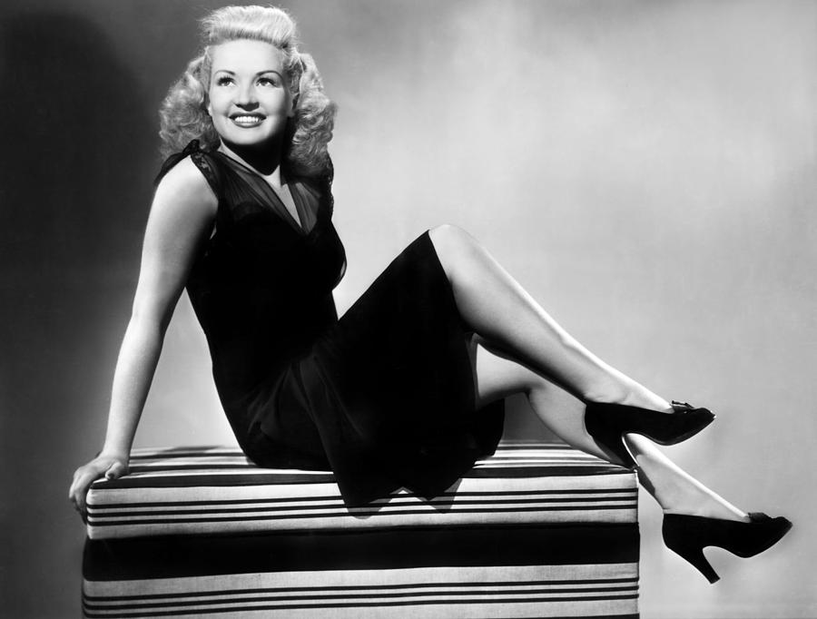 I Wake Up Screaming, Betty Grable, 1941 Photograph  - I Wake Up Screaming, Betty Grable, 1941 Fine Art Print