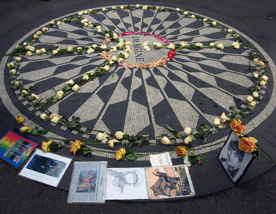 Imagine In Strawberry Fields Photograph