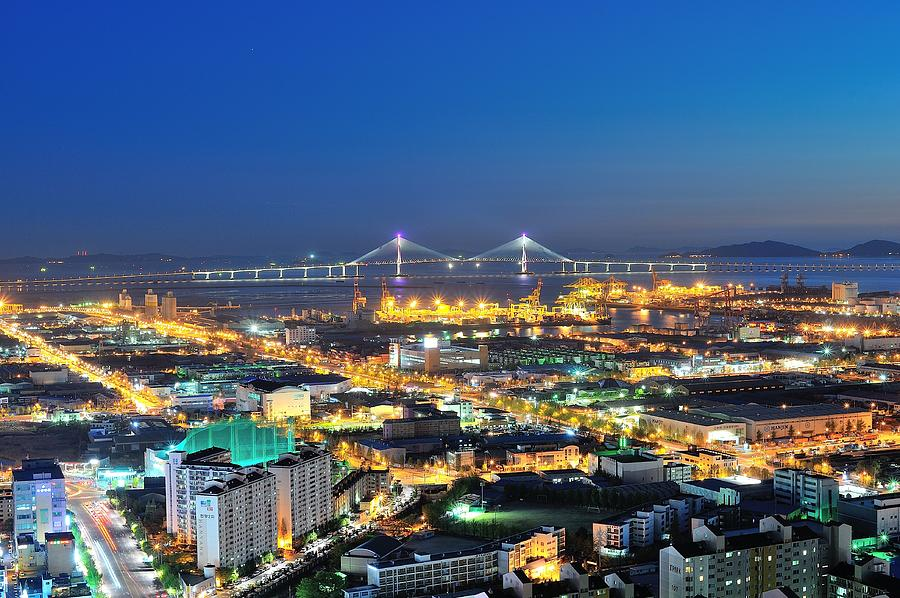 Horizontal Photograph - Incheon City by Tokism