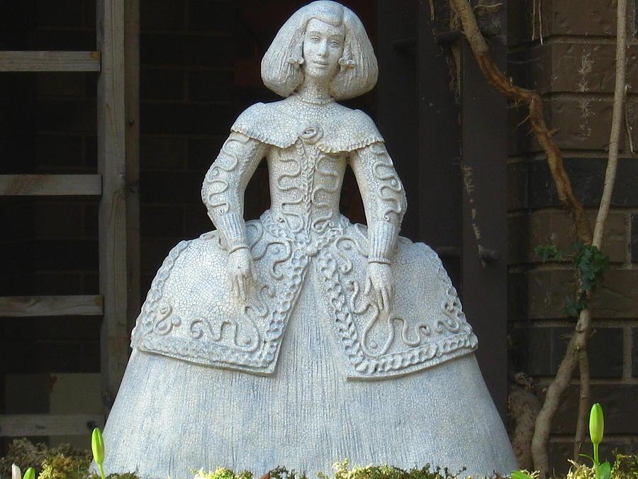 Infanta Sculpture