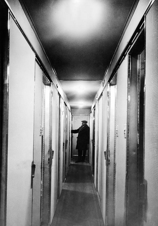 Inside The Hindenburg Airship Interior By Everett