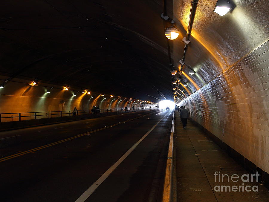Inside The Stockton Street Tunnel In San Francisco . 7d7363.3 Photograph