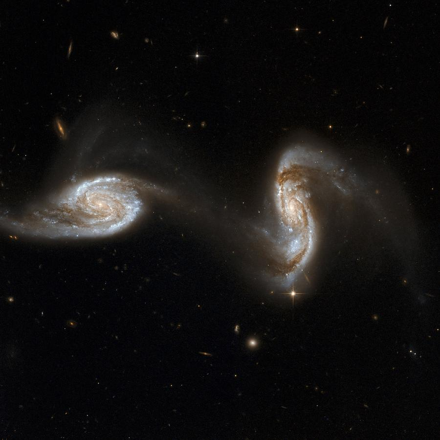 Interacting Galaxies Ngc 5257 And 5258 Photograph  - Interacting Galaxies Ngc 5257 And 5258 Fine Art Print