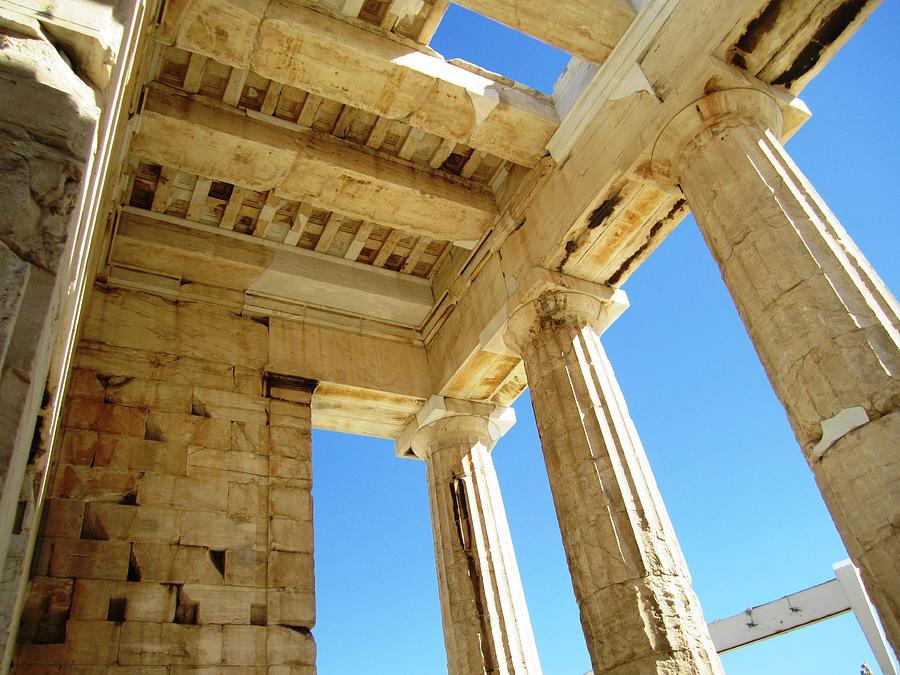 interior architecture of acropolis parthenon tall columns