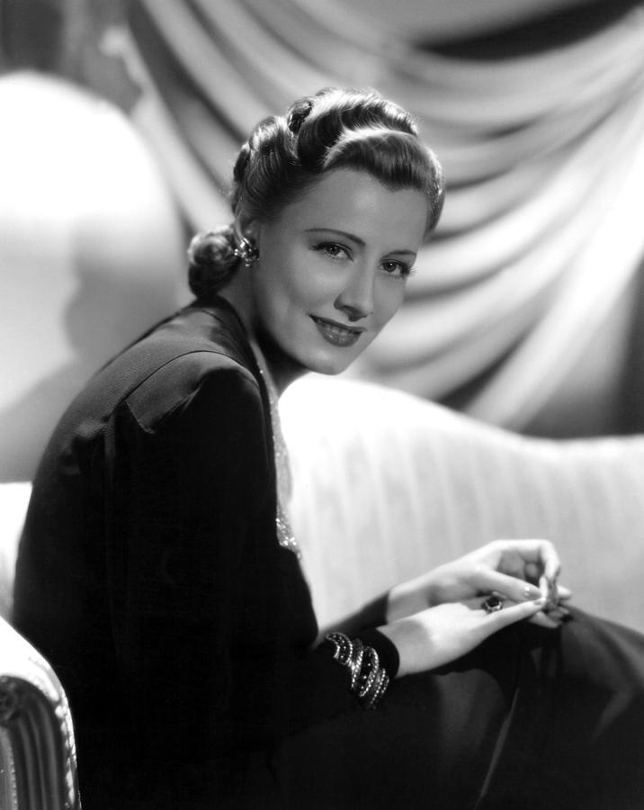 1930s Fashion Photograph - Irene Dunne, Paramount Pictures, 1939 by Everett