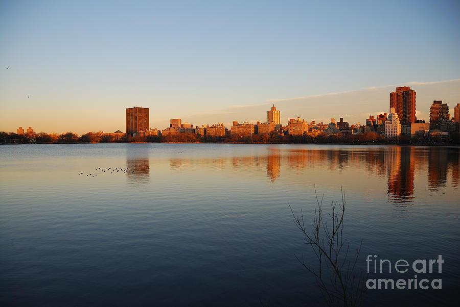 New York Photograph - Jacqueline Kenedy Onassis Reservoir by Alan Clifford
