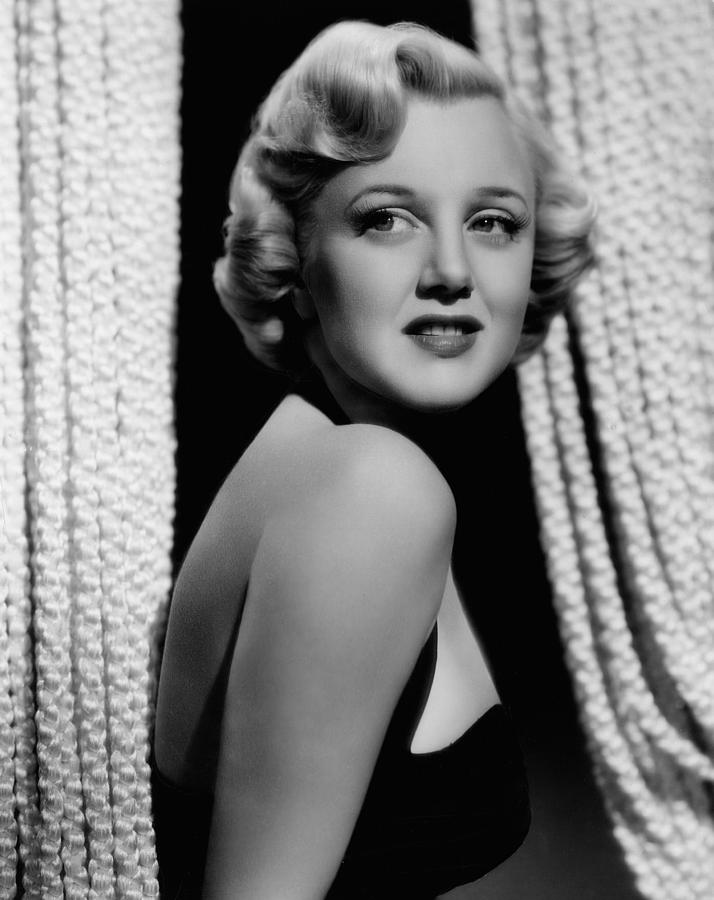 Jan Sterling, 1940s Photograph  - Jan Sterling, 1940s Fine Art Print