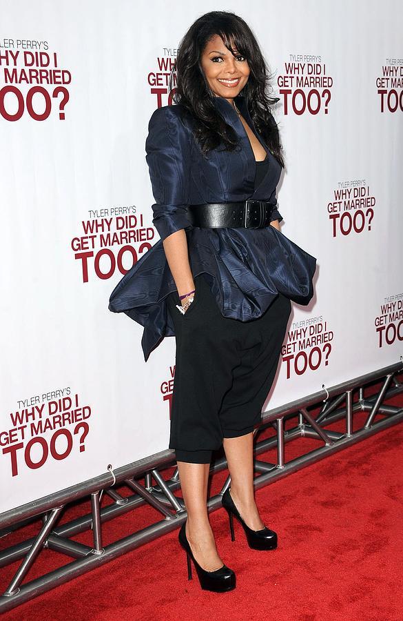 Janet Jackson Wearing An Alexander Photograph