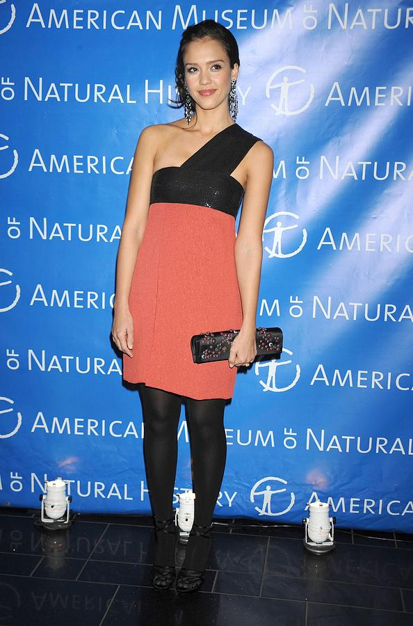 Jessica Alba  Wearing A Narciso Photograph