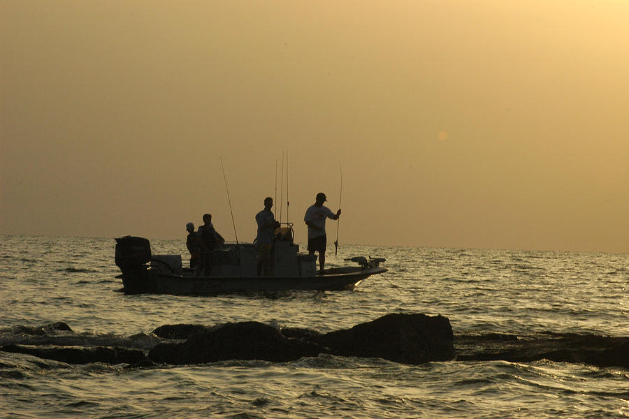 Jetty fishing in galveston bay by robert anschutz for Galveston jetty fishing report