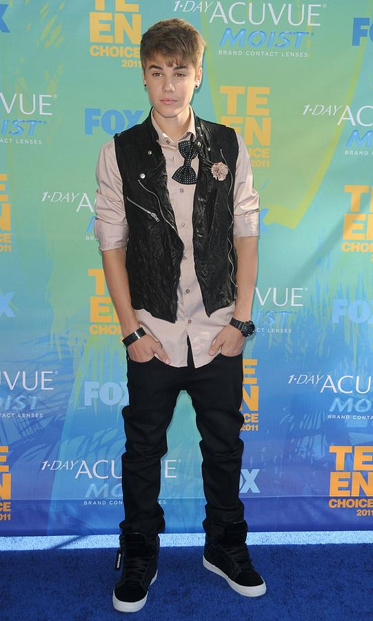 Justin Bieber At Arrivals For 2011 Teen Photograph  - Justin Bieber At Arrivals For 2011 Teen Fine Art Print