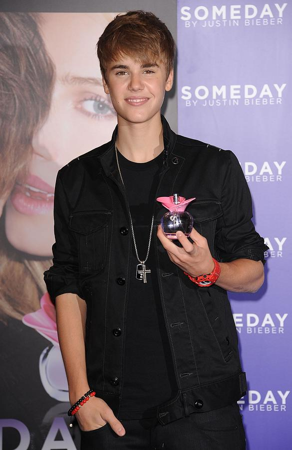 Justin Bieber At In-store Appearance Photograph