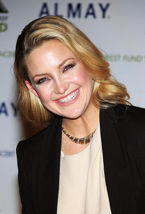 Kate Hudson At Arrivals For Rainforest Photograph  - Kate Hudson At Arrivals For Rainforest Fine Art Print