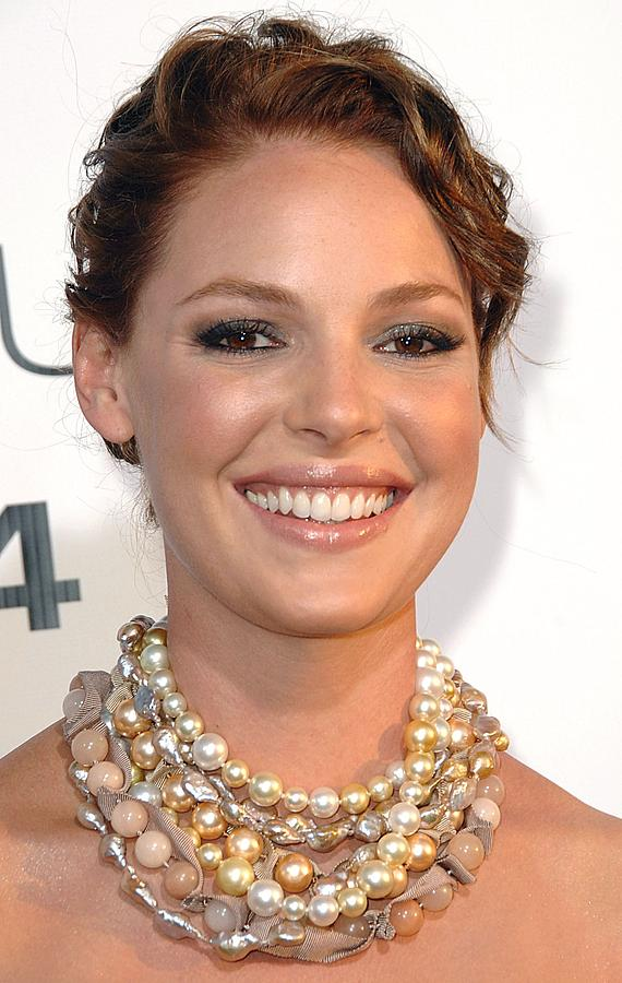 Katherine Heigl Photograph - Katherine Heigl Wearing A Joan Hornig by Everett