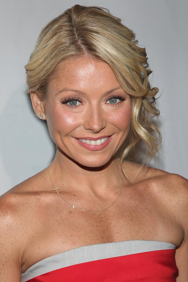 Kelly Ripa At Arrivals For The Point Photograph  - Kelly Ripa At Arrivals For The Point Fine Art Print