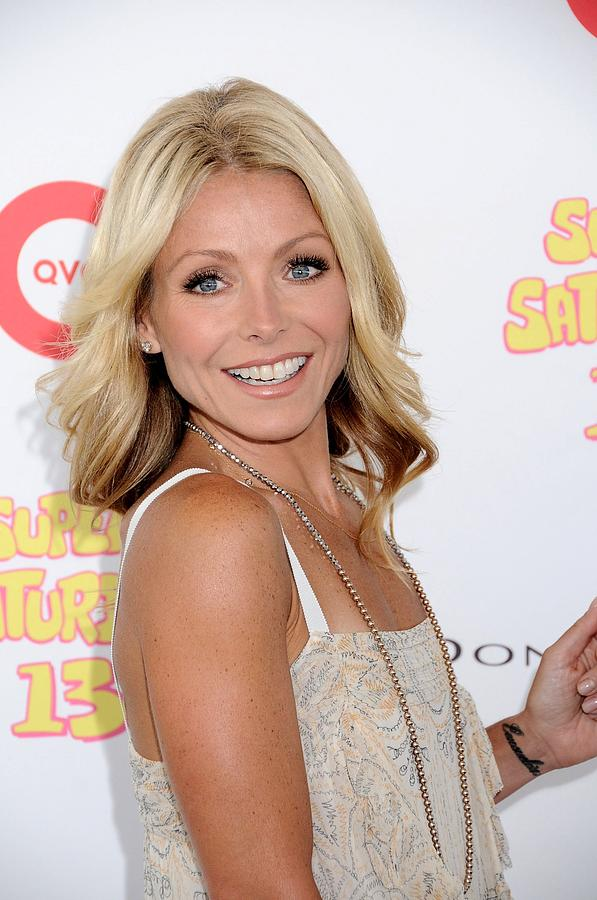 Kelly Ripa In Attendance For Super Photograph  - Kelly Ripa In Attendance For Super Fine Art Print