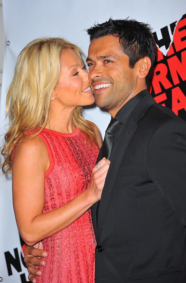 Kelly Ripa, Mark Consuelos Photograph