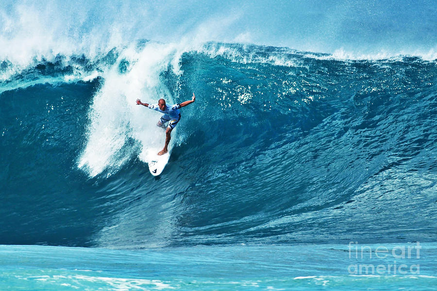 Kelly Slater At Pipeline Masters Contest Photograph