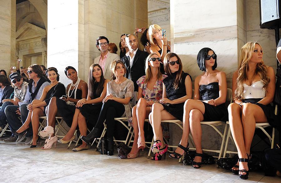 Kim Kardashian, Kelly Rowland, Amanda Photograph