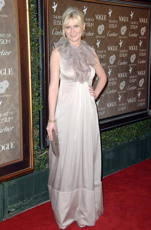The Art Of Elysium 2nd Annual Black Tie Gala Photograph - Kirsten Dunst Wearing A Valentino Gown by Everett