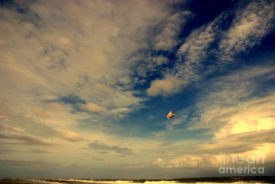Kite Sport Photograph - Kite At Folly Beach Near Charleston Sc by Susanne Van Hulst