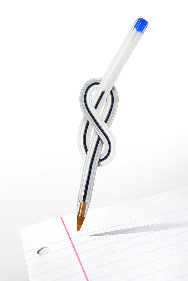 Knot Pen Photograph