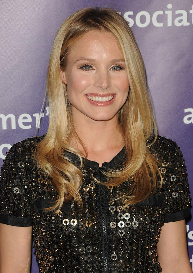 Kristen Bell In Attendance For 19th Photograph