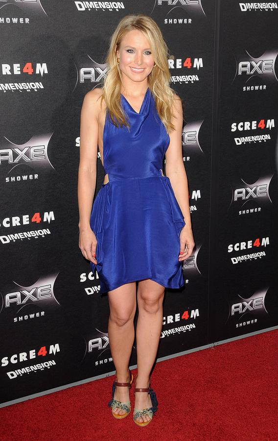 Kristen Bell Photograph - Kristen Bell Wearing A Vanessa Bruno by Everett