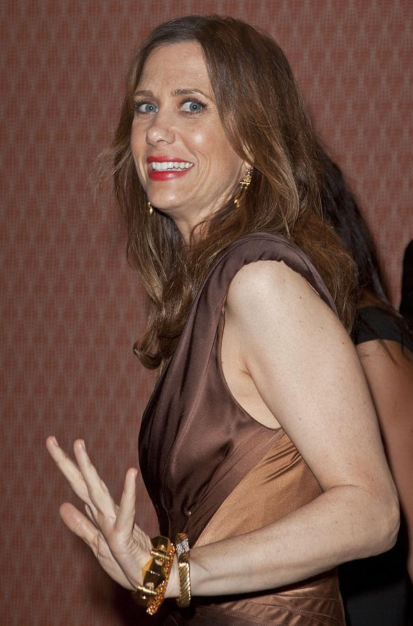 Kristen Wiig At Arrivals For Hbo Photograph  - Kristen Wiig At Arrivals For Hbo Fine Art Print
