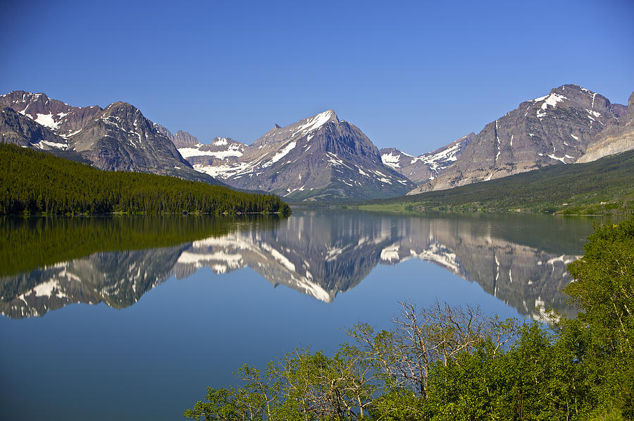 Lake at many glacier by richard steinberger