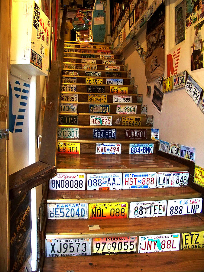 LICENSE PLATE STAIRS PHOTOGRAPH BY HURLEY DEAN - LICENSE