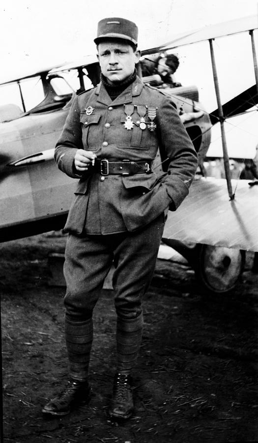Lieutenant Raoul Lufbury Photograph