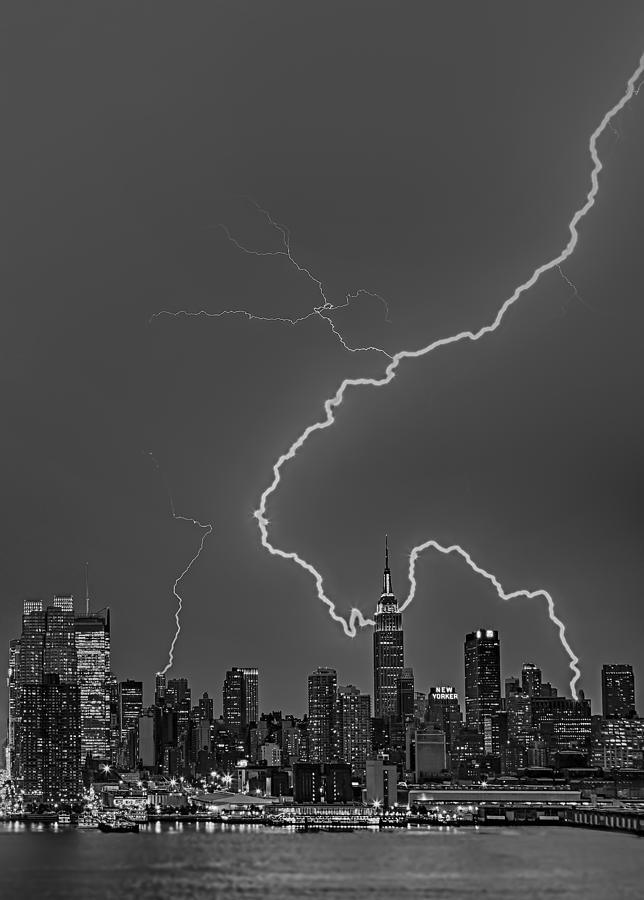 Lightning Photograph - Lightning Bolts Over New York City Bw by Susan Candelario