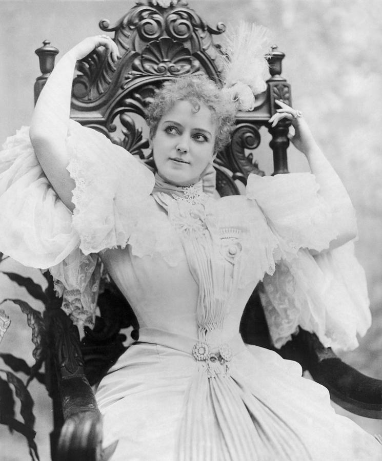 History Photograph - Lillian Russell 1861-1922, Popular by Everett