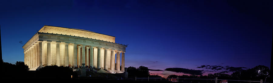 Lincoln Memorial At Sunset Photograph