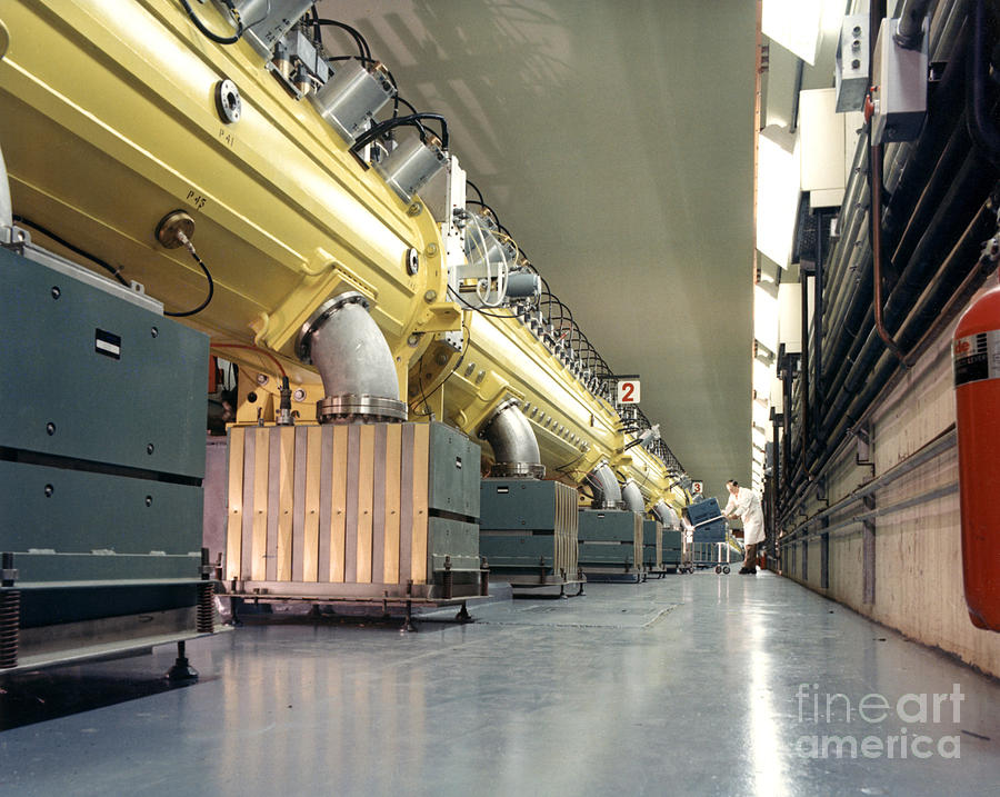 Science Photograph - Linear Accelerator Linac by Science Source