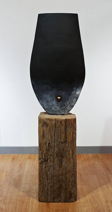 Lith Sculpture