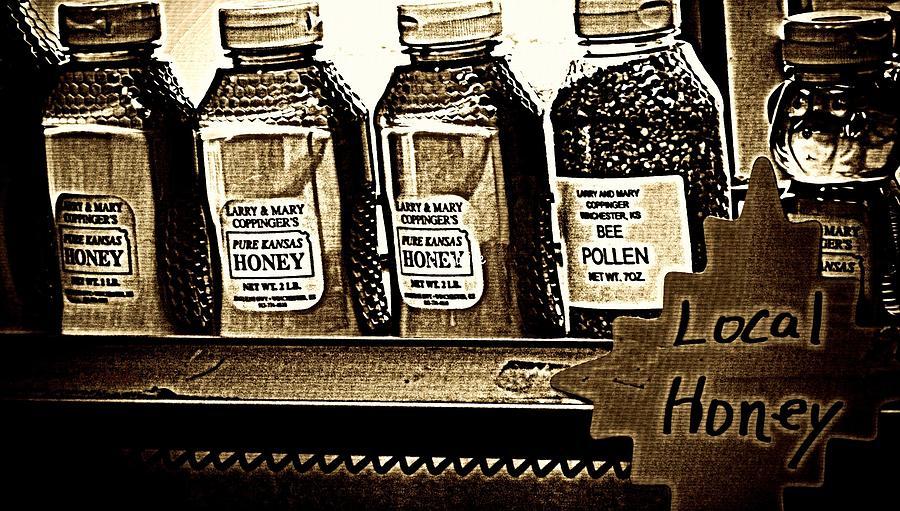 Local Honey Photograph